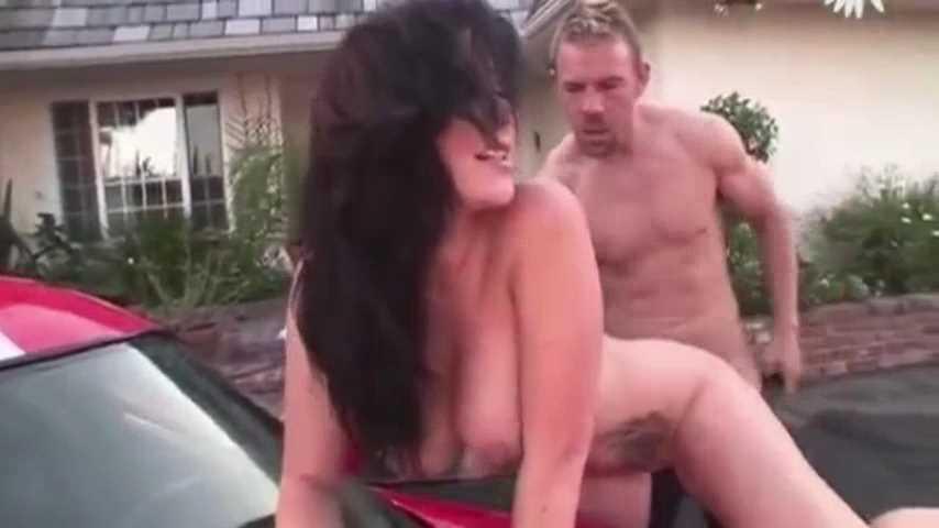 Jayden Jaymes In Big Boob Carwash